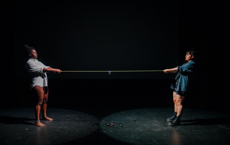 """Stockholms Fringefestival och Systerias performanceverk """"Den här kroppen"""""""