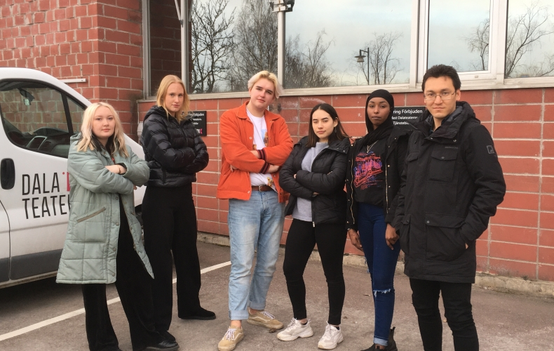 Unga skribenter tar plats i skrivprojekt